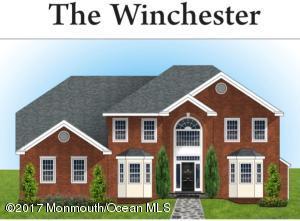 8 Hillcrest Road, Morganville, NJ 07751