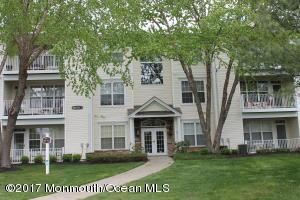 308 Saint Andrews Place Pl, Manalapan, NJ 07726