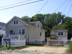 10 Central Avenue, Port Monmouth, NJ 07758