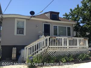 528 E Lakewood Avenue, Ocean Gate, NJ 08740