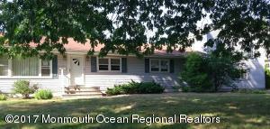 33 Iroquois Avenue, Oceanport, NJ 07757