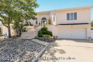 905 Capstan Drive, Forked River, NJ 08731