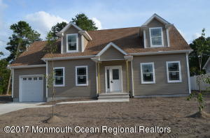 824 Grinnell Avenue, Toms River, NJ 08757