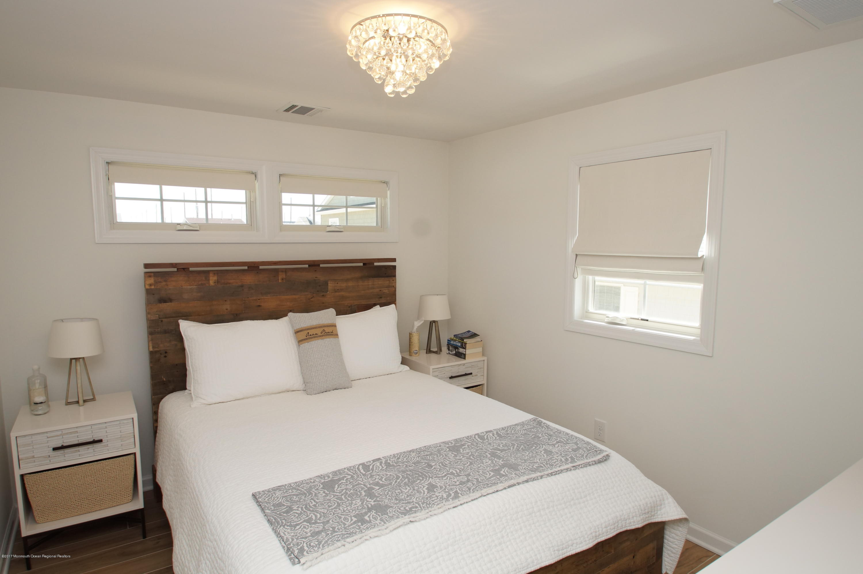 118 W Kingfisher Way - Picture 14