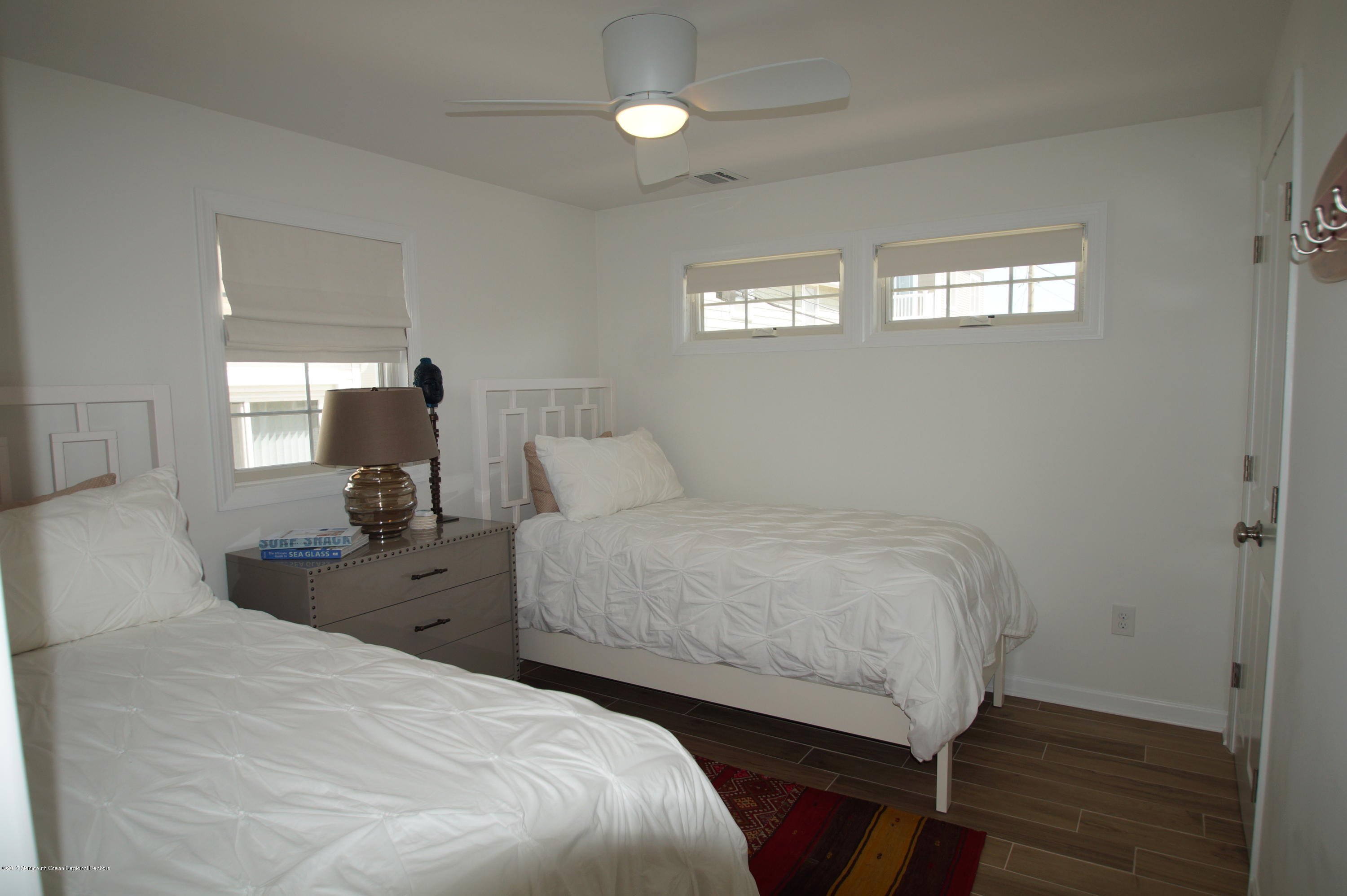 118 W Kingfisher Way - Picture 16