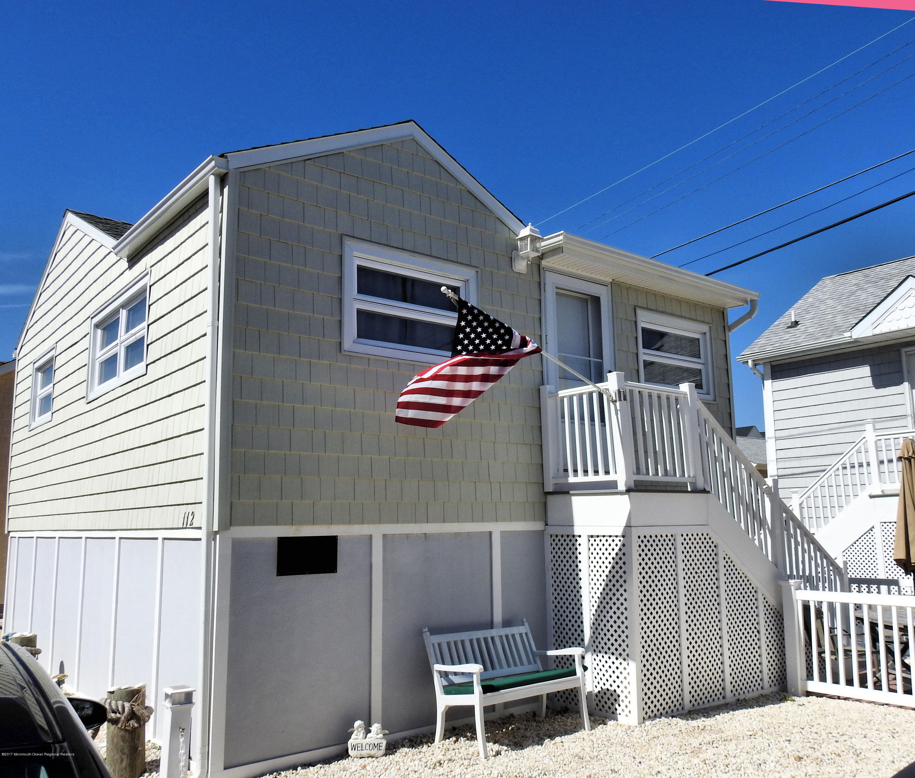 112 W Tide Way - Picture 1