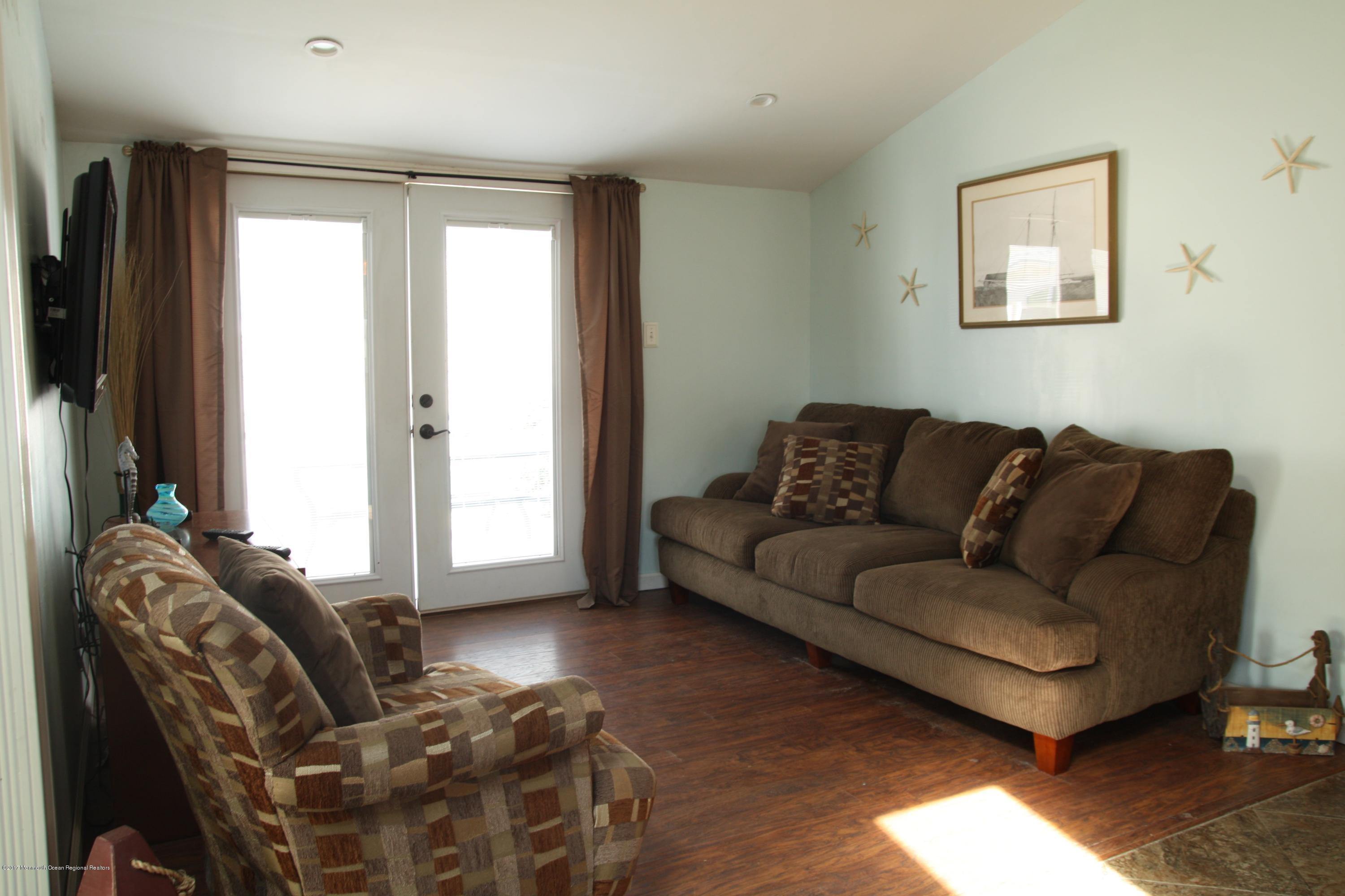 100 W Amberjack Way - Picture 10