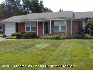 66 Bowie Drive, Whiting, NJ 08759