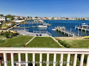 7 Lake Terrace, Point Pleasant Beach, NJ 08742