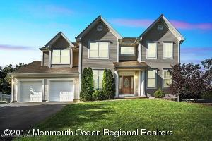 2362 Forest Circle, Toms River, NJ 08755