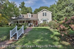 54 Cranmoor Drive, Toms River, NJ 08753