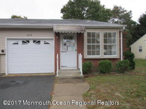 8 Winthrop Place B, Whiting, NJ 08759