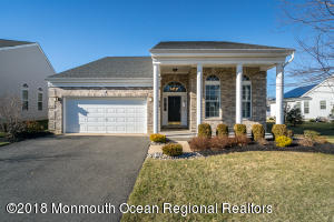 11 Citation Lane, Manalapan, NJ 07726