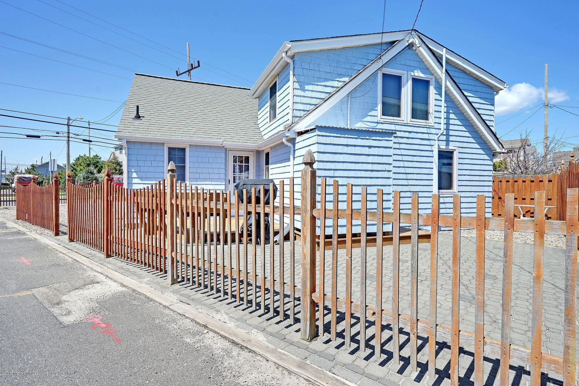 74  Barnegat Way - Picture 24