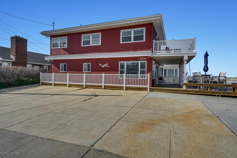 1306  Ocean Avenue - Picture 3