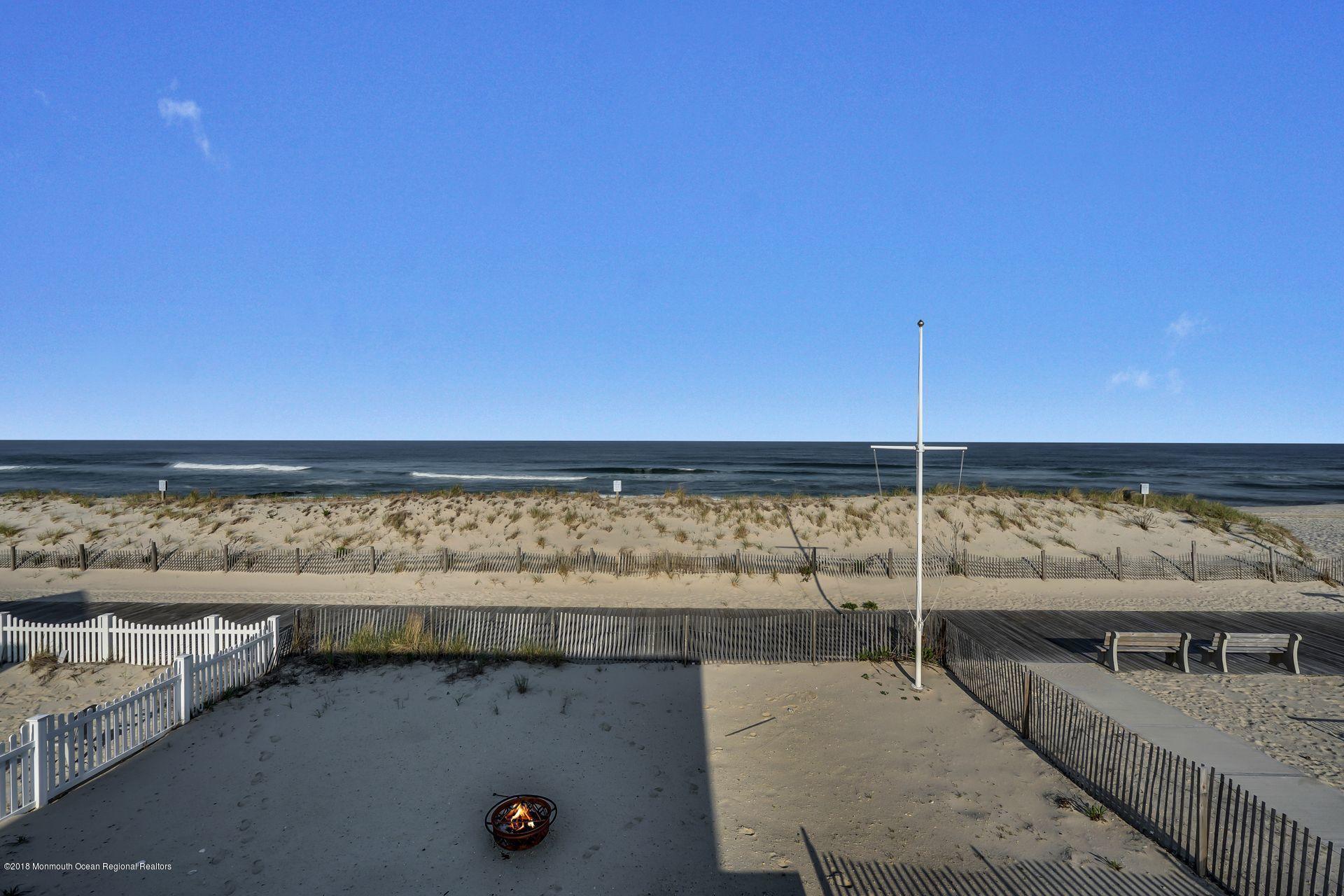 1306  Ocean Avenue - Picture 17