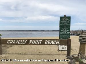 66 Gravelly Point Road