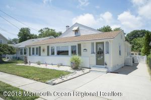 1240 Pine Tree Way, Belmar, NJ 07719