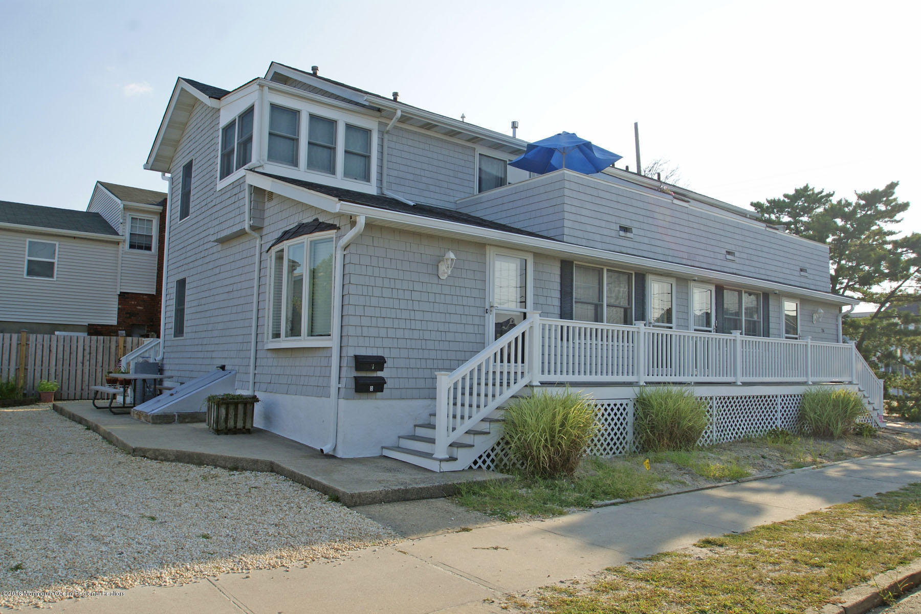 26  Bond Avenue - Picture 1