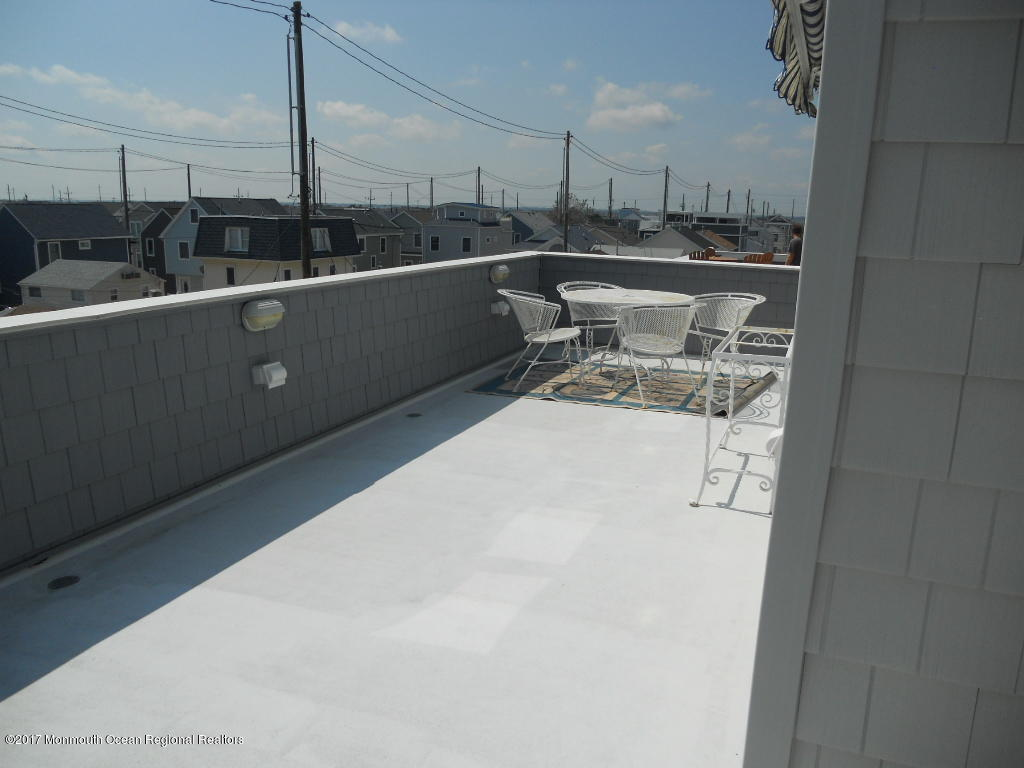 12 E Channel Way - Picture 17