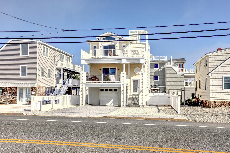 2113 S Bay Avenue, Beach Haven, NJ 08008