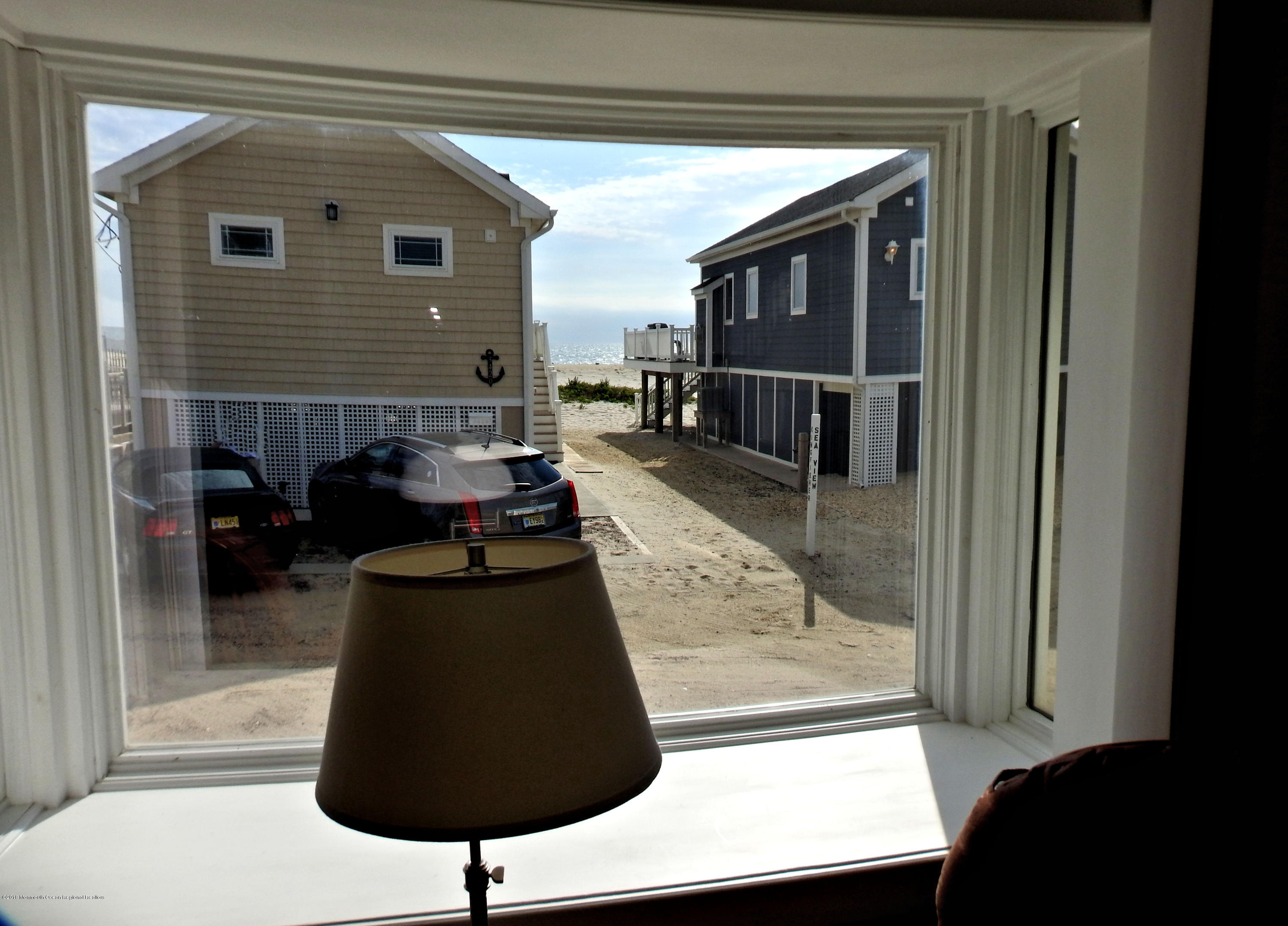 3421  Seaview Road - Picture 6