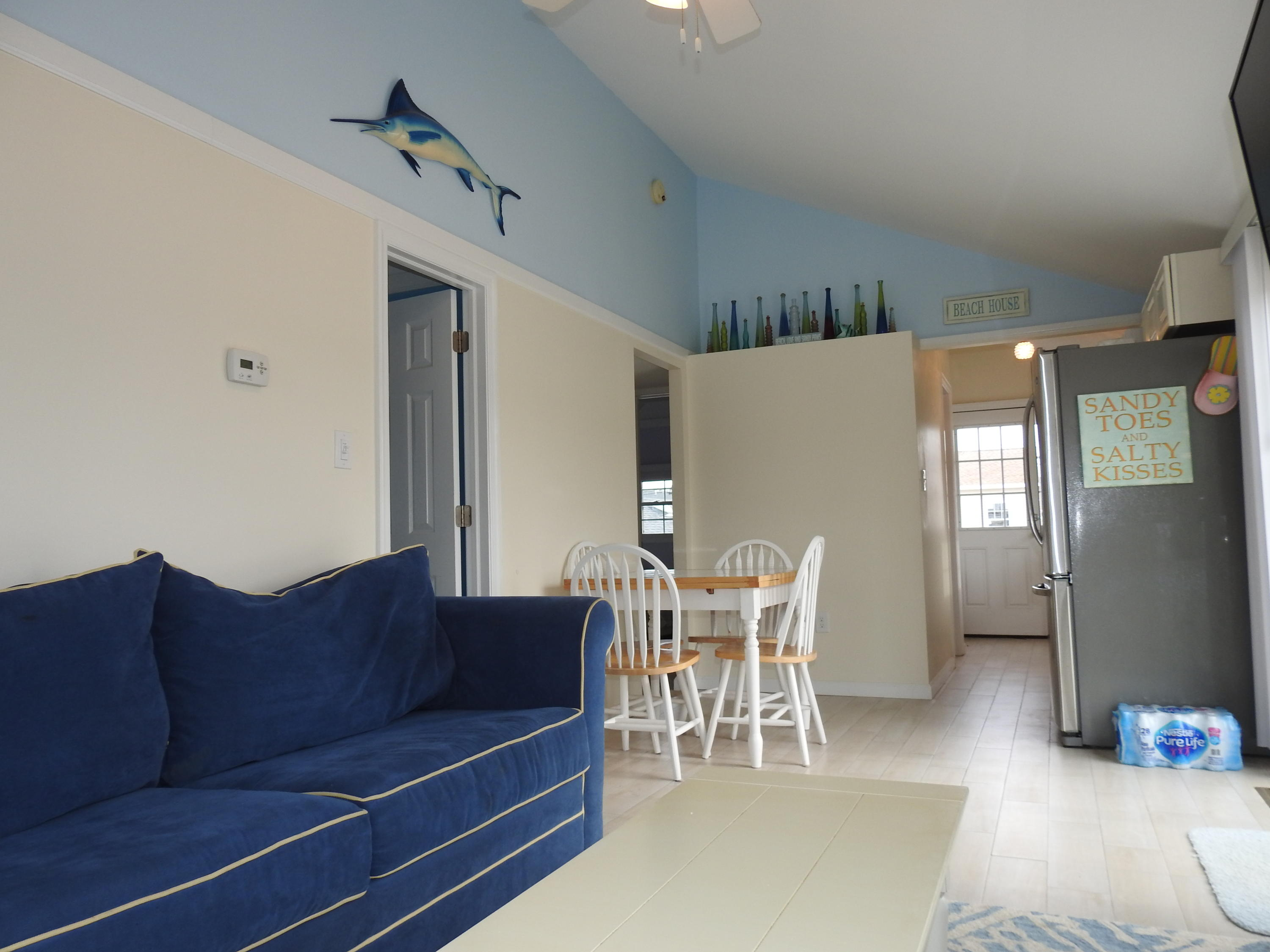 110 W Dolphin Way - Picture 4
