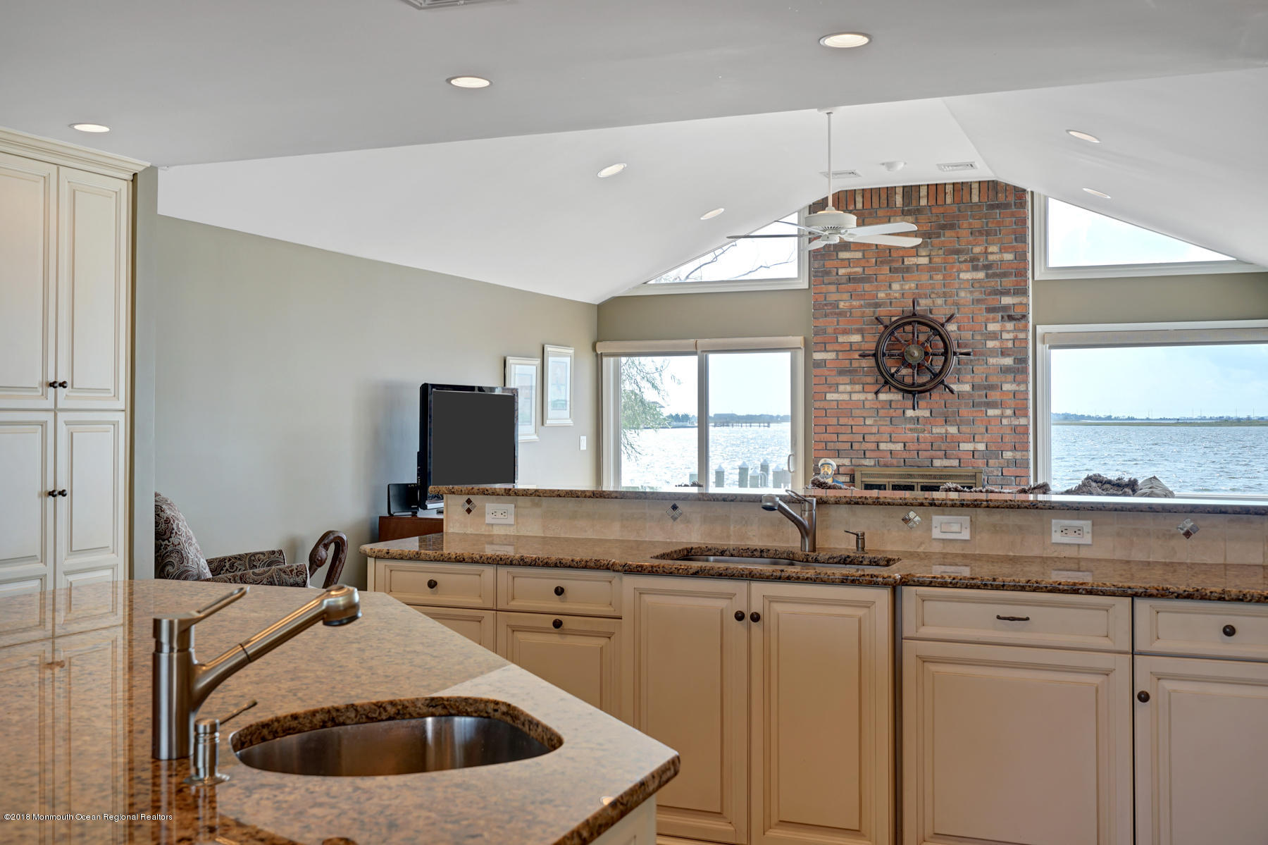 161  Pershing Boulevard - Picture 11