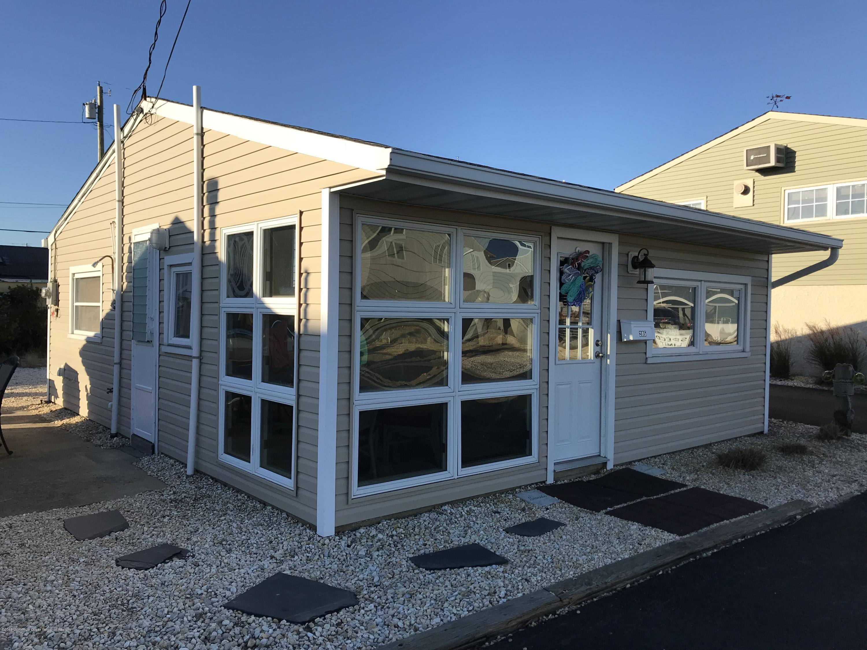 205  Harbor Drive - Picture 1