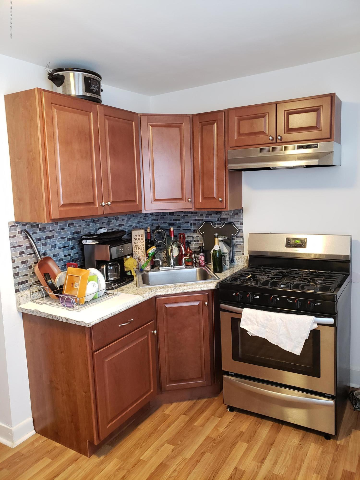 Affordable two bedroom apartment near Asbury downtown and train station. Nice bright apartment with, new kitchen, hardwood floors, shared backyard and front porch. Good credit required. NO PETS.