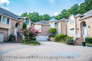86 Mira Vista Court Holmdel NJ 07733