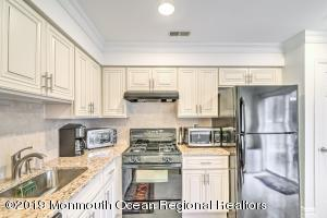 Brand new kitchen with granite countertops