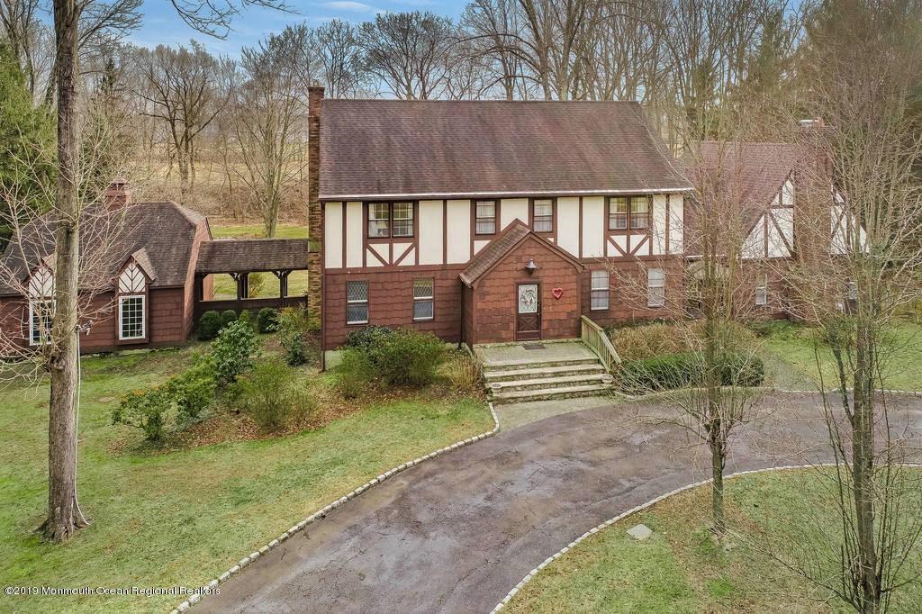134 White Oak Ridge Road, Lincroft, NJ 07738