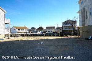 12 Virginia Drive Manahawkin NJ 08050