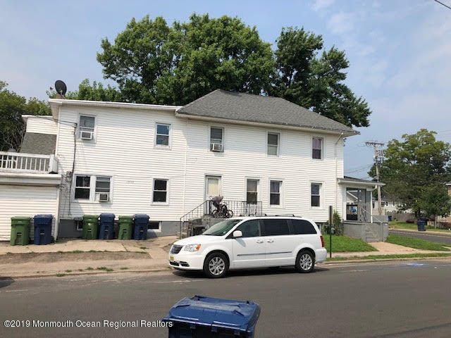 Opportunity knocks for this  4 apt multi family. Rents are below market w this current long time owner.  2, 3 bedroom and 2, 2bedroom large apartments. Vert close to Jersey shore and public transportation.  This is a diamond in the rough..