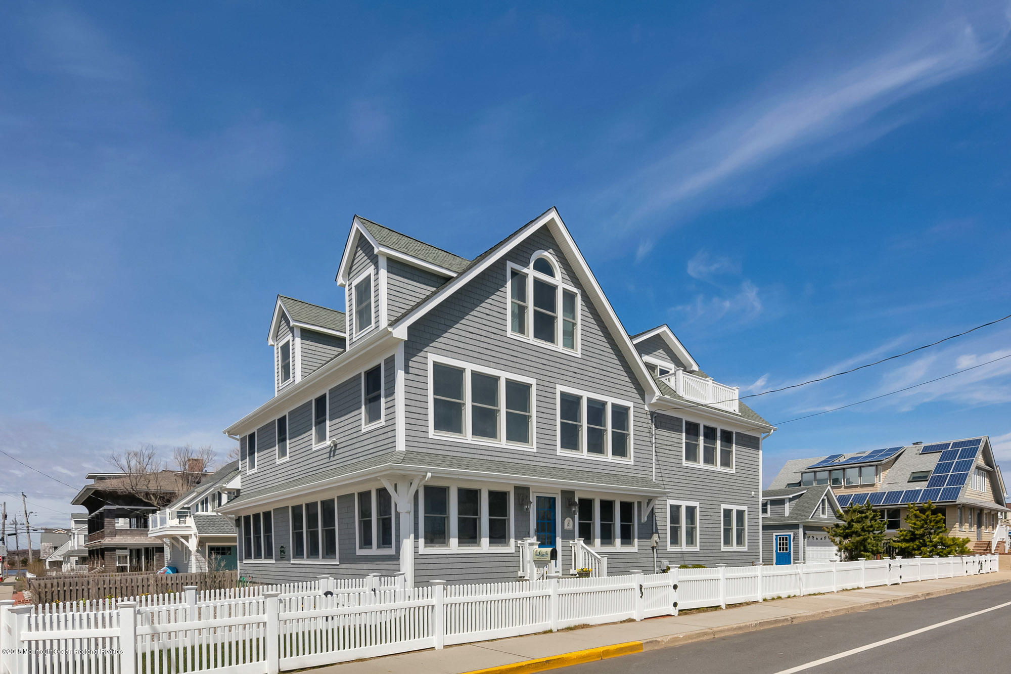Photo of 242 East Avenue, Bay Head, NJ 08742