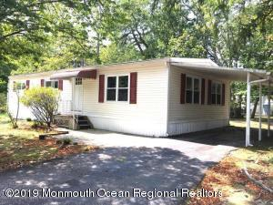 2 Muskrat Place, Whiting, NJ 08759