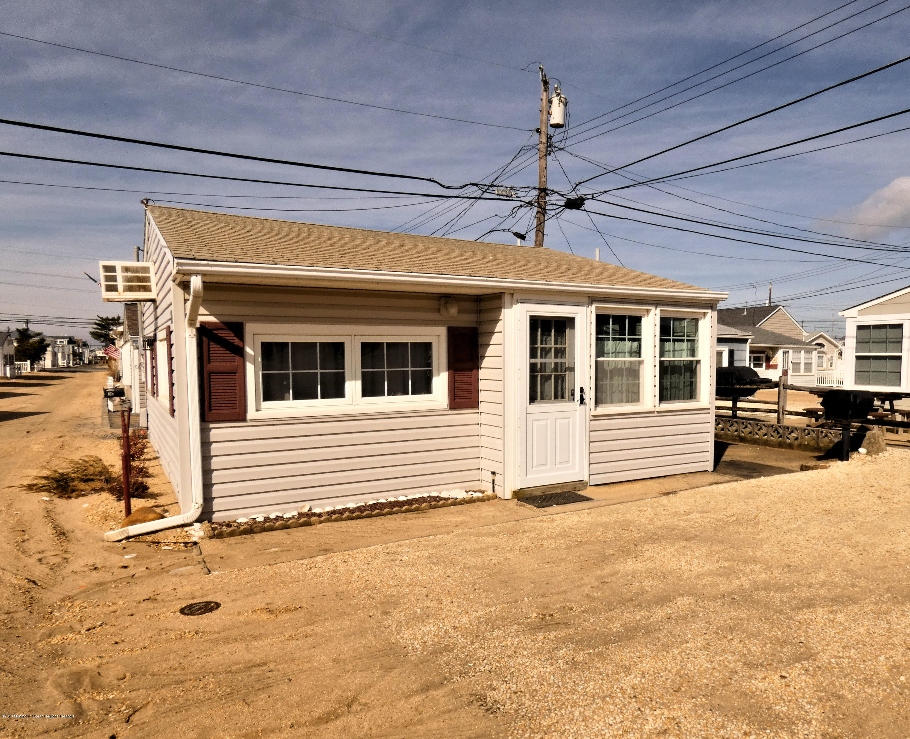 28 E Cormorant Way - Lavallette