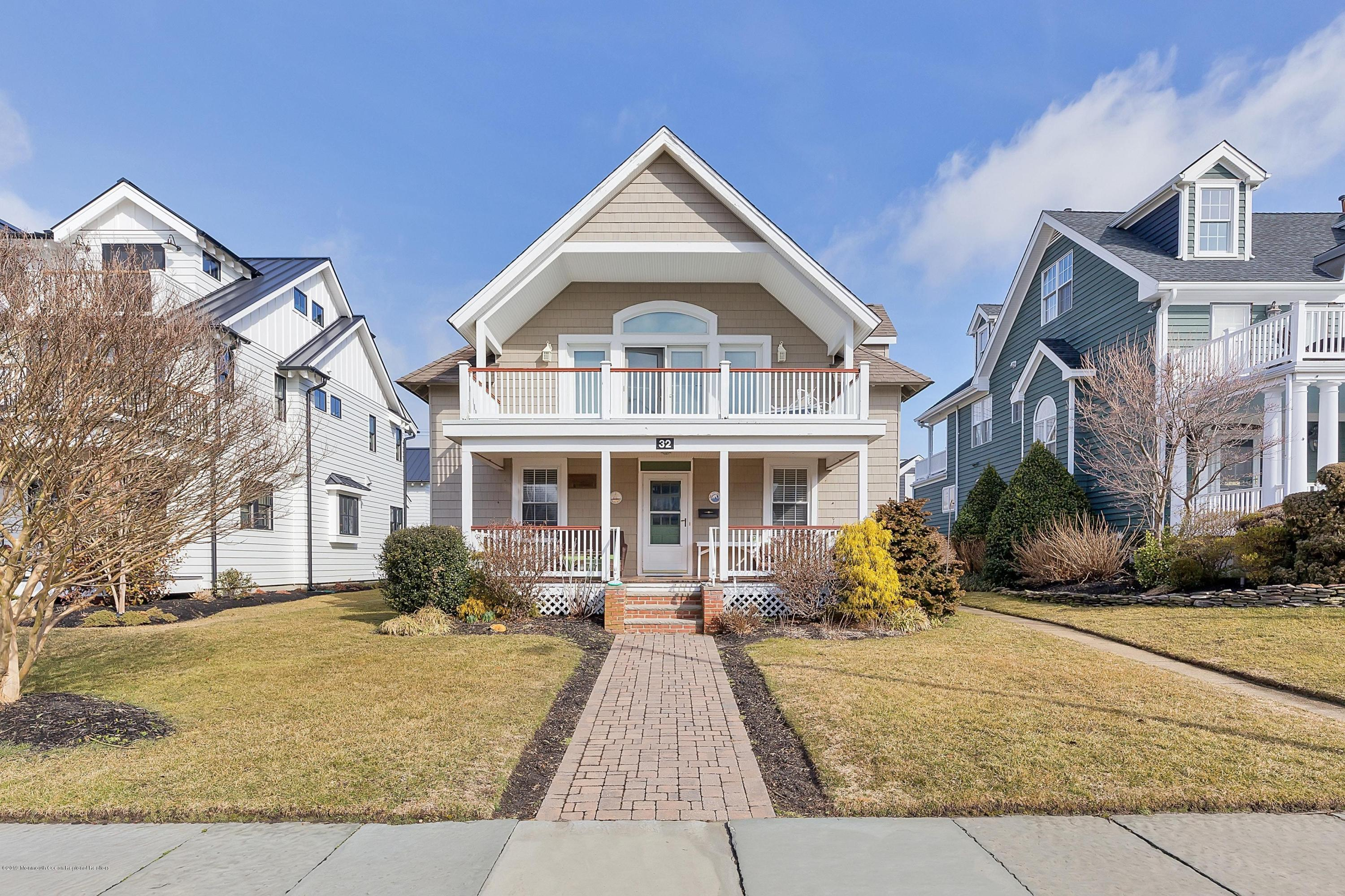 Photo of 32 Garfield Avenue, Avon-by-the-sea, NJ 07717