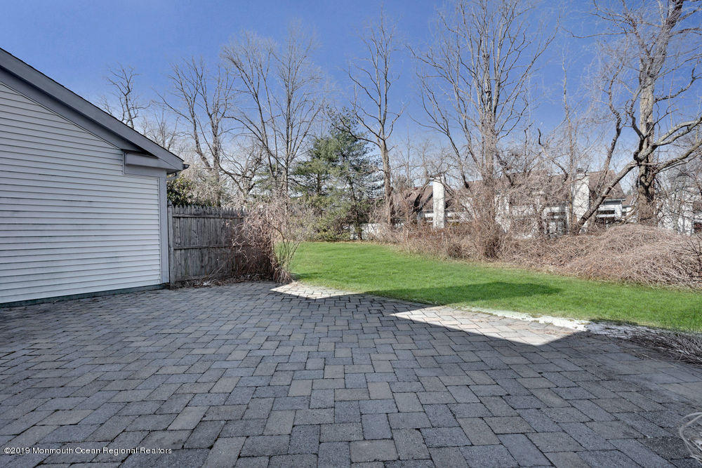 124 Old Orchard Lane, Ocean Twp, 07712 - SOLD LISTING, MLS # 21909319    Crossroads Realty