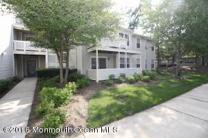 566 Applewood Court Howell NJ 07731
