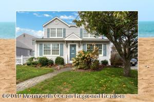 574 Perch Avenue, Manasquan, NJ 08736