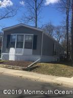 162 Grove Place, Freehold, NJ 07728