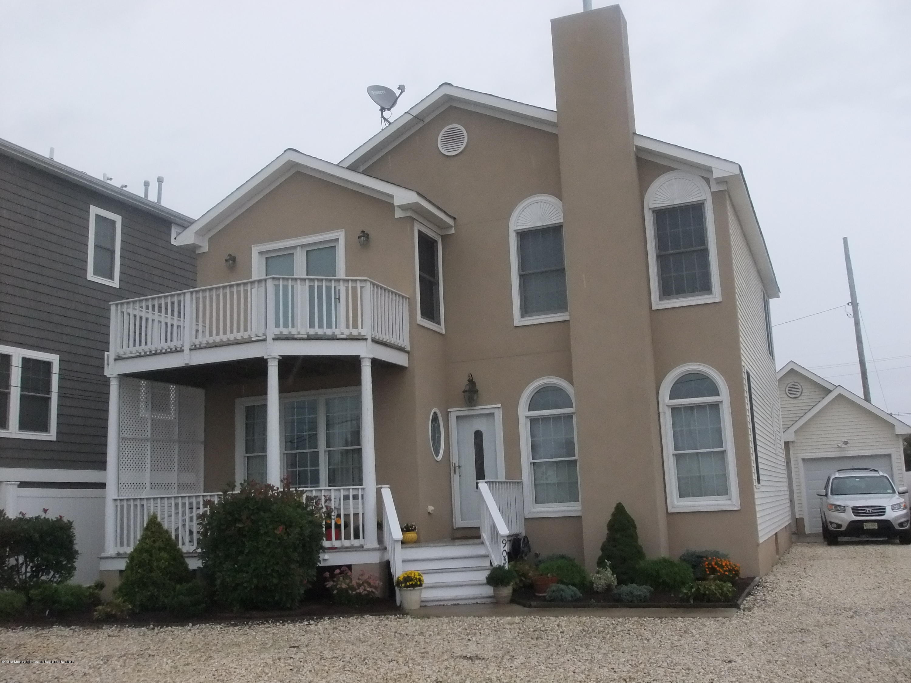 903  Bay Boulevard - Picture 1