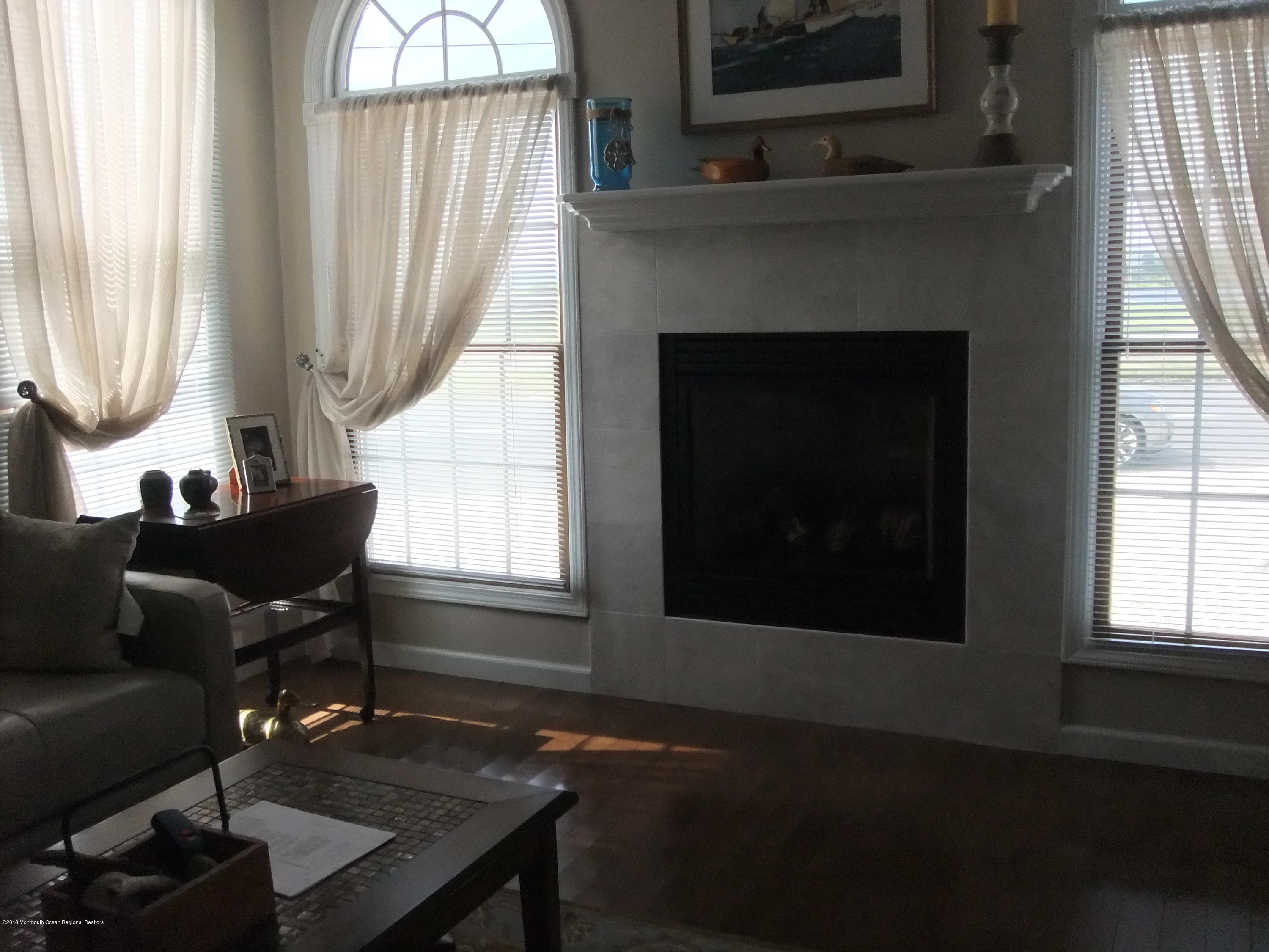 903  Bay Boulevard - Picture 3