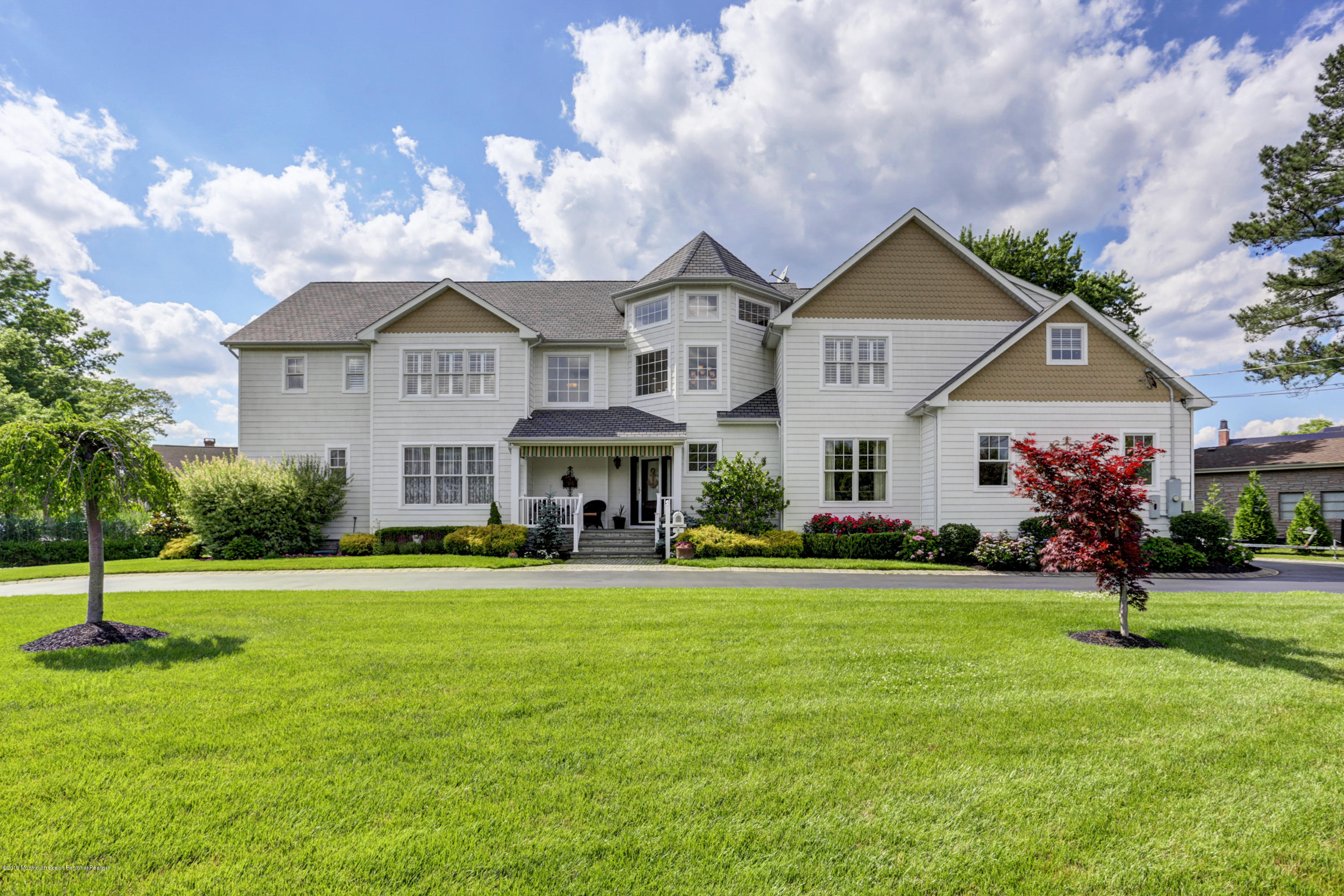 Photo of 6 Bayview Place, Oceanport, NJ 07757