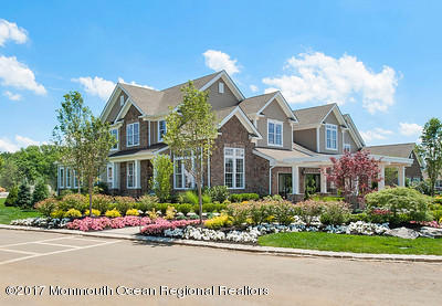 19 Stratford Lane Holmdel NJ 07733