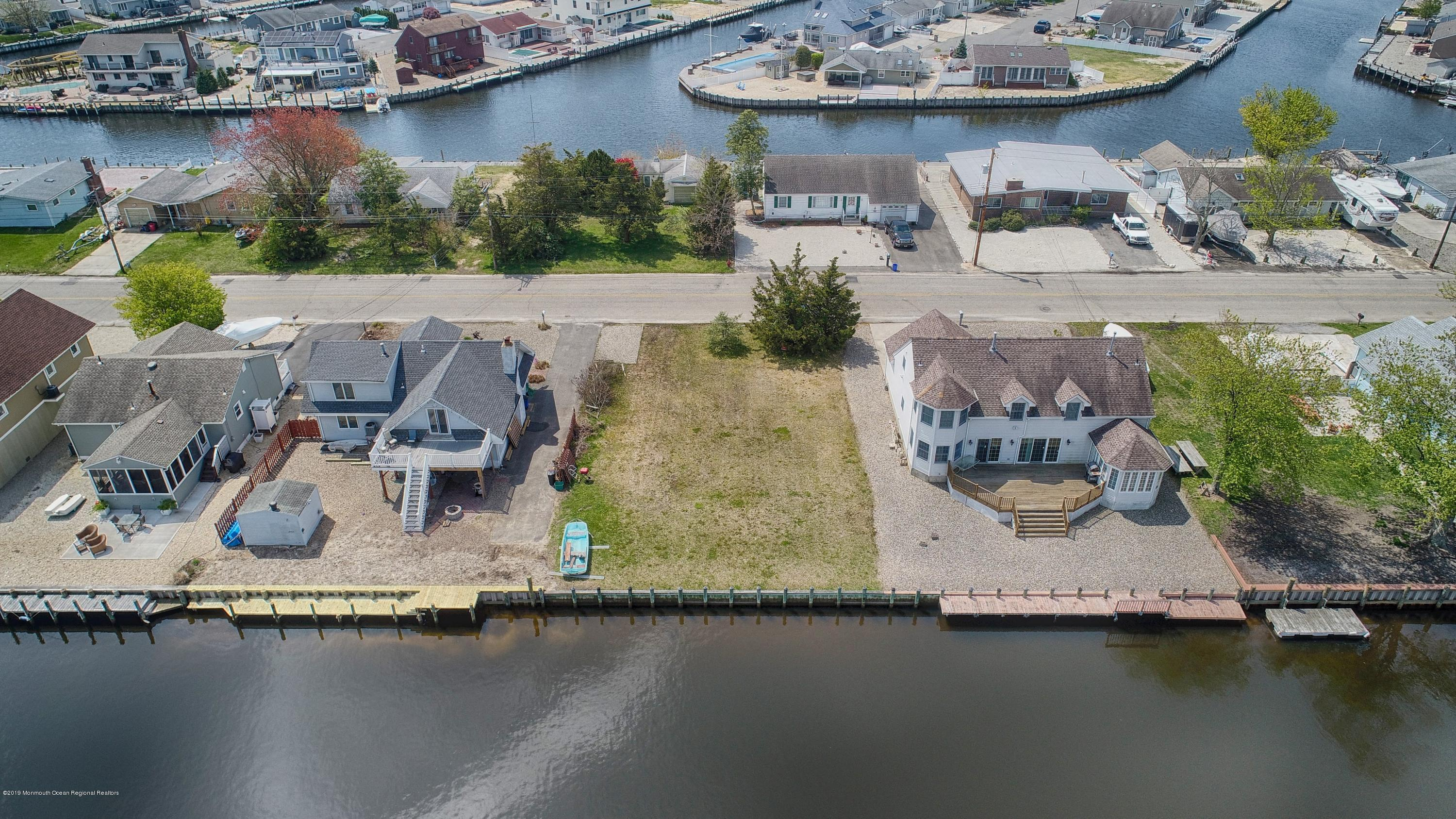 948 Capstan Drive Forked River NJ 08731