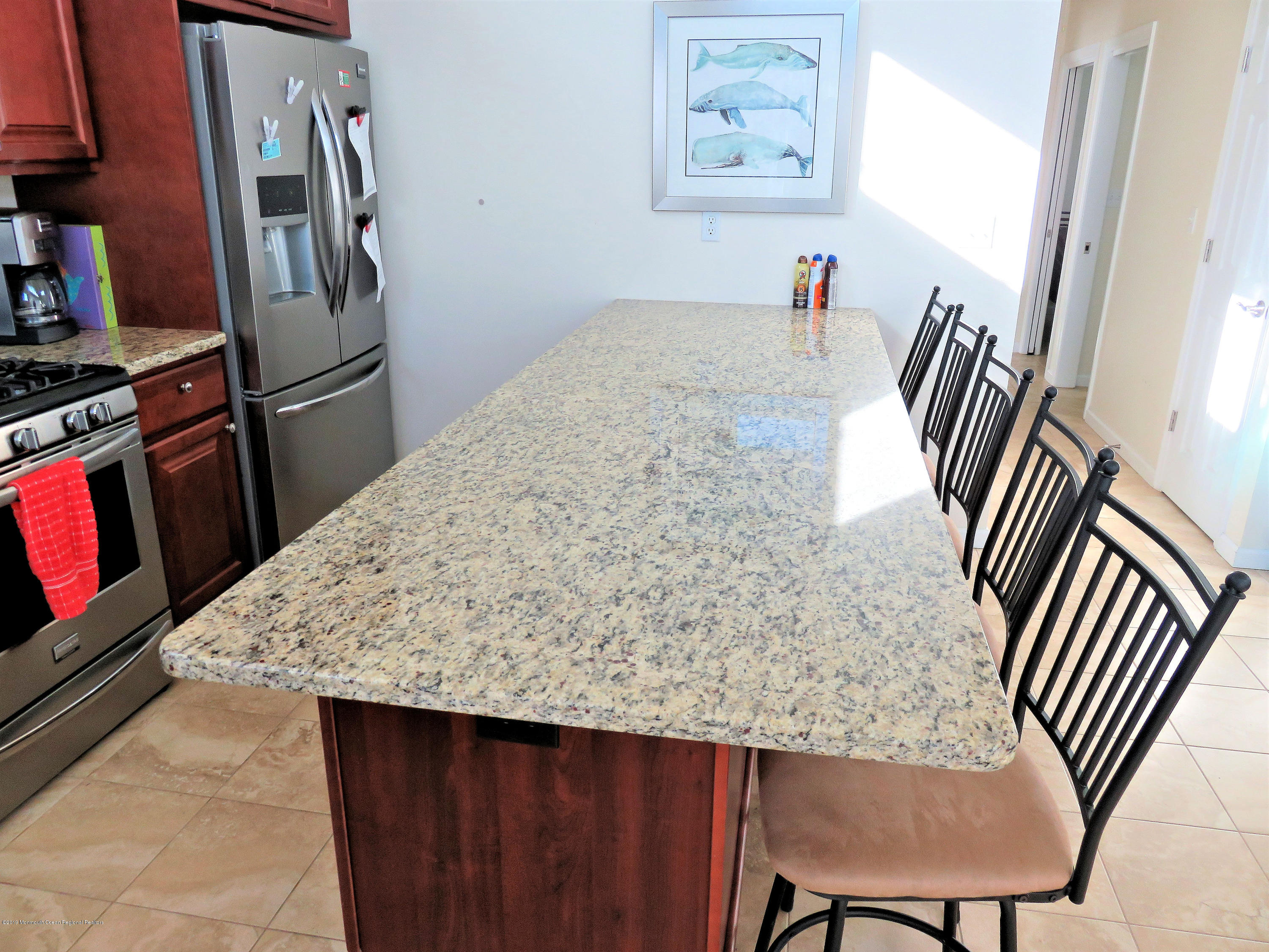 3254  Seaview Road - Picture 6