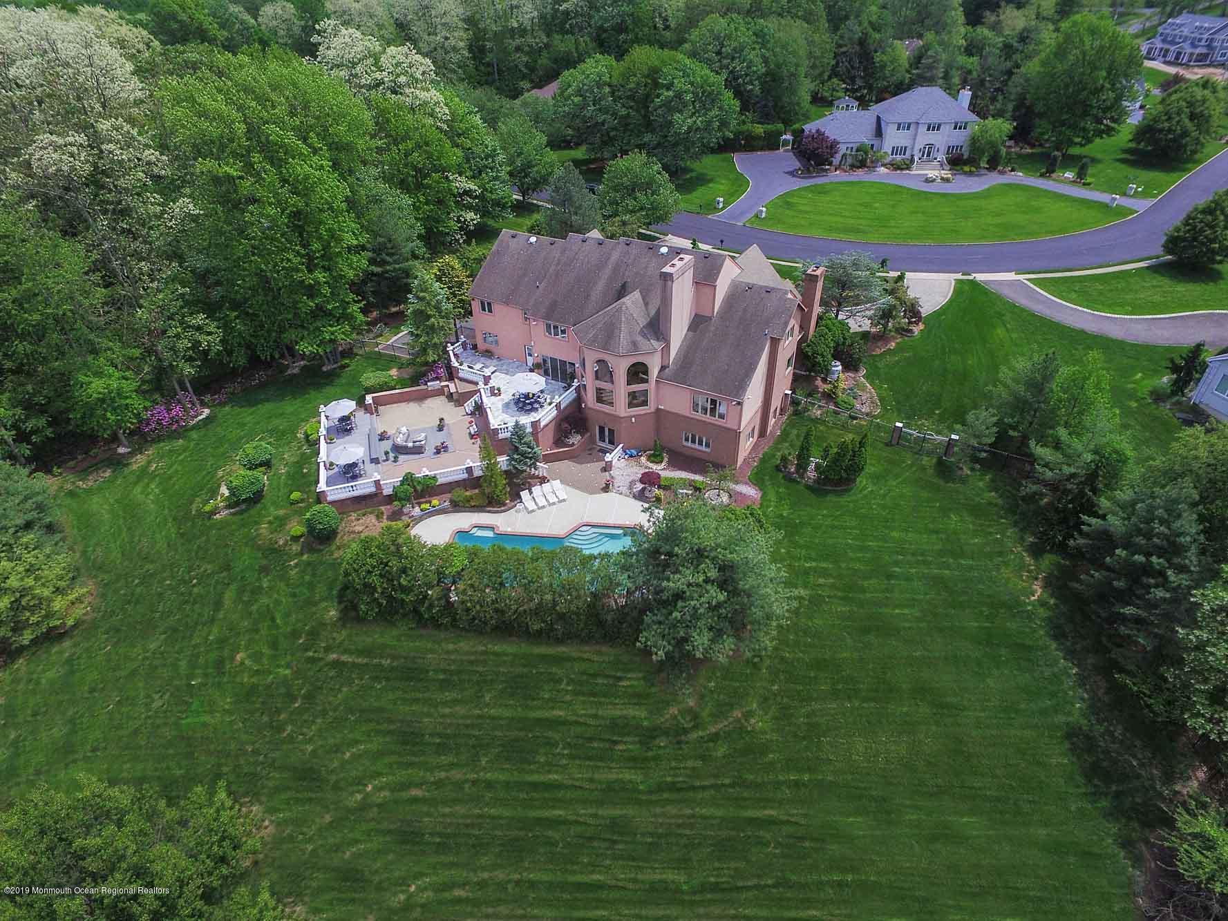 Photo of 9 Hixon Terrace, Holmdel, NJ 07733